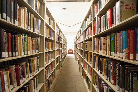 CIA Library - http://farm6.staticflickr.com/5180/5416627232_e37a907e71_z_d.jpg